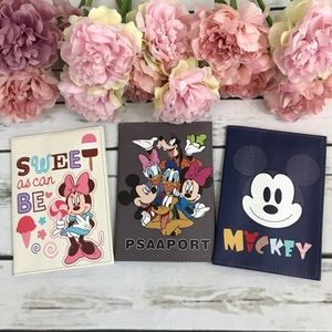 Disney Mickey & Minnie Mouse Passport Holder